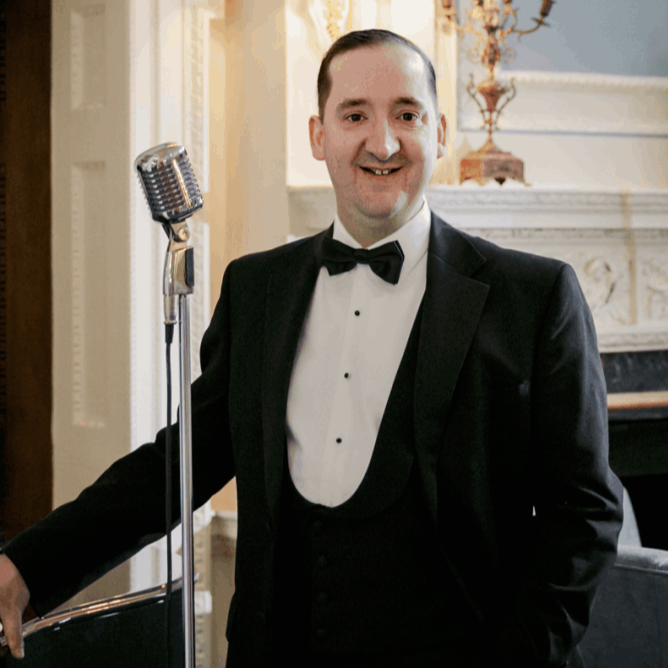 Get a personal service from this outstanding wedding singer